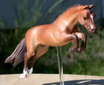 resin mini model horse by Sarah Tregay (Frequent Flyer)