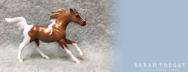 Breyer Stablemate Mold: Arabian / Para Endurance Horse (G3) by Kathleen Moody, 2010, and custom mini by Sarah Tregay