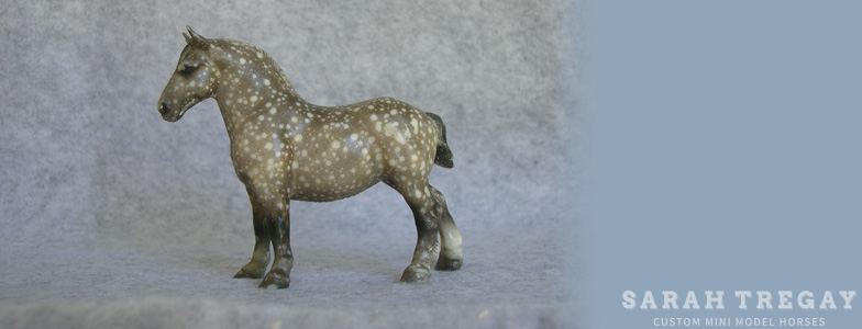 Breyer Stablemate Mold: Draft Horse (G1) by Maureen Love, 1976 and custom mini by Sarah Tregay