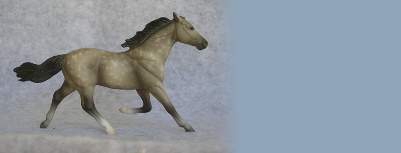 Breyer Stablemate Mold: Standardbred (G2) by Kathleen Moody, 1998 , and custom mini by Sarah Tregay