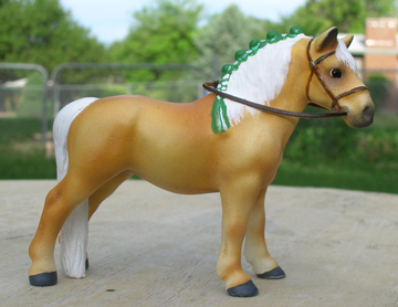 custom mini model horse by Sarah Tregay (haflinger)